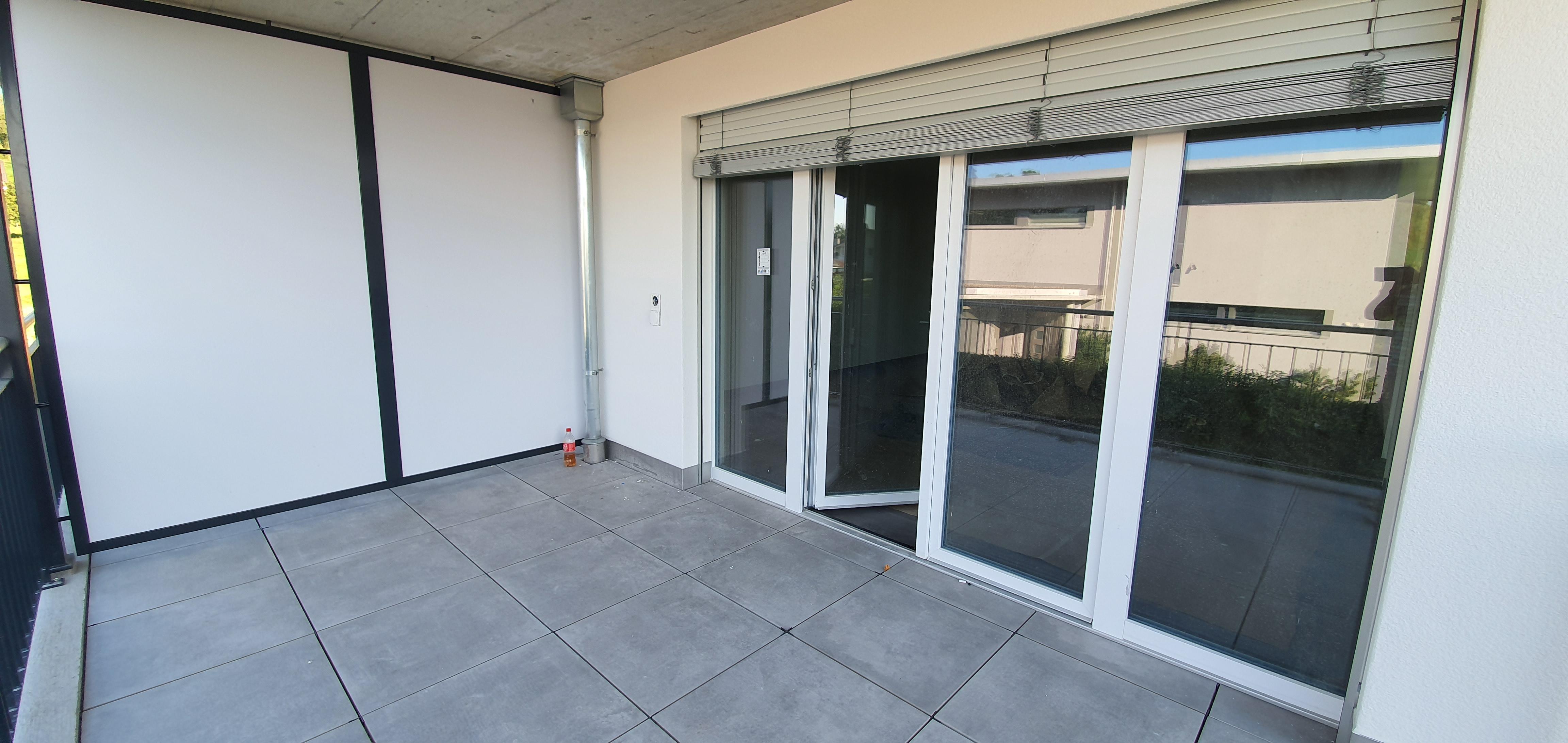 Vermietung: Neubau Wohnung mit vielen Extras
